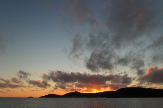 sunrise at the whitsundays