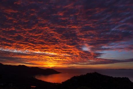 sunset on magnetic island