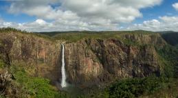 wallaman falls panorama