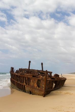 SS Maheno on Fraser